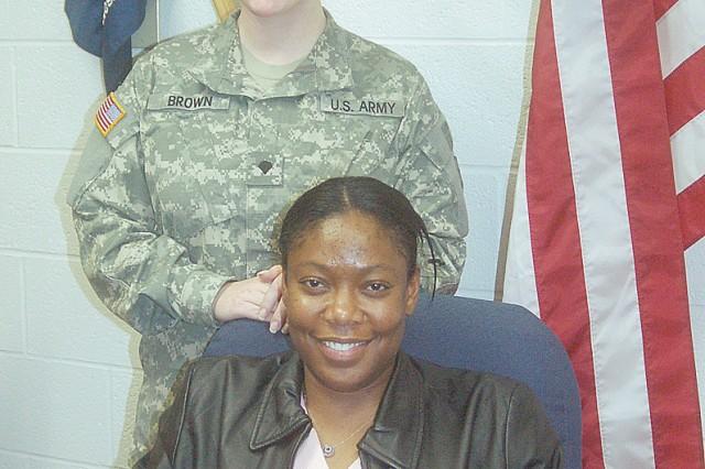Soldier donates kidney