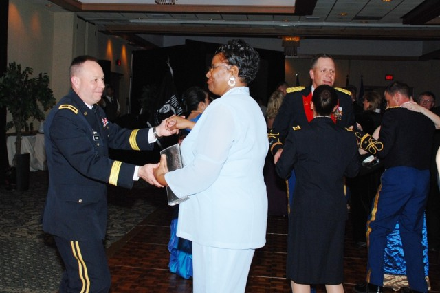 SMDC/ARSTRAT Deputy Commanding General for Operations Brig. Gen. Kurt Story and Pam Porter from the 1st Space Brigade, take to the floor during the 2009 USASMDC/ARSTRAT Ball in Colorado Springs, Colo. on April 3.