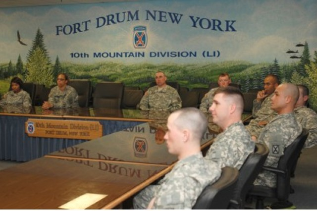 "Soldiers and noncommissioned officers of 10th Mountain Division meet face-to-face for a round table meeting to discuss the ArmyAca,!a,,cs Aca,!A""Year of the NCO.Aca,!A?"