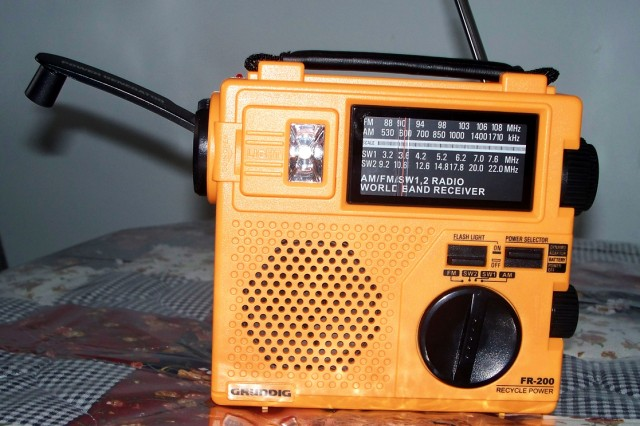 Cutline for crank radio: An emergency kit should include a battery or crank powered radio so during emergency situations where electricity is out, news and weather reports can still be heard. There are many different brands of radios available at many different price points.
