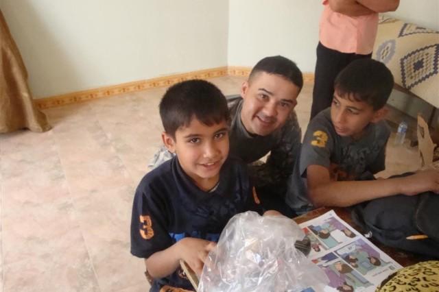 Sustainers, PRT bring joy to Iraqi kids
