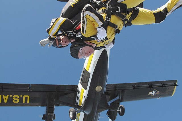 Fort Gordon Soldier jumps again