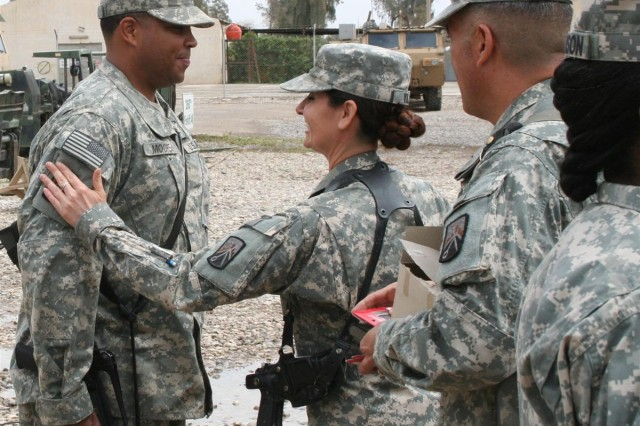 Cargo transfer Soldiers earn combat patch