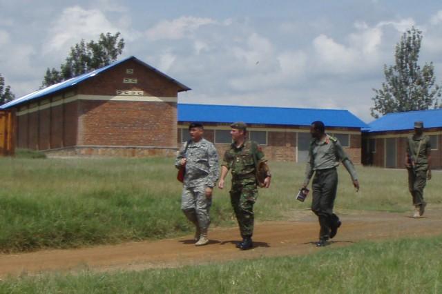 U.S. Army Africa NCOs met recently in Gabiro, Rwanda, with British and Rwandan officers to prepare for an upcoming assignment to mentor Rwandan NCOs on leadership.
