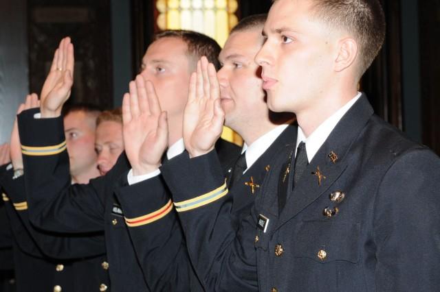 Hoyas take oath