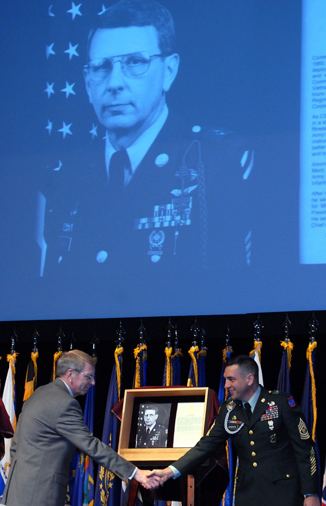 NCOs inducted into Fort Leavenworth Hall of Fame