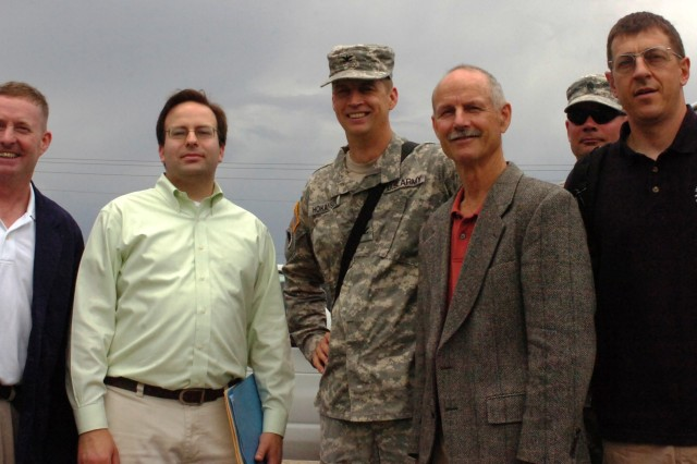 Oregon Senate Staffers Visit 41st at Fort Stewart