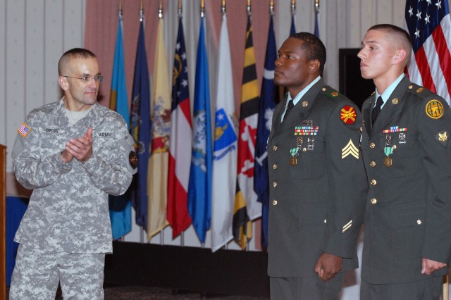 Fort Leavenworth selects top Soldier, NCOAca,!E+of Year