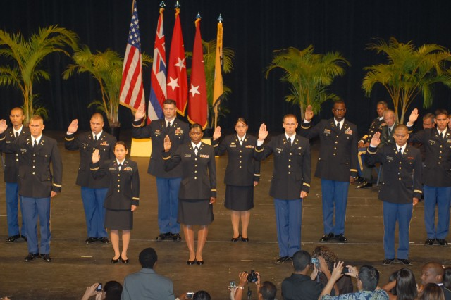 MANOA, Hawaii - Commissionees receive the oath of office from Lt. Gen. Benjamin R. Mixon, commanding general, U.S. Army-Pacific at the University of Hawaii ROTC commissioning ceremony, May 17.