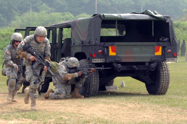 Humphreys Soldiers pass through 'Gates of Fire' training at Camp Hovey