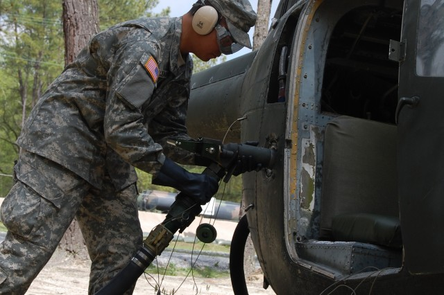 A petroleum supply specialist students practices his trade at Fort Lee, Va., during an advanced individual training class.