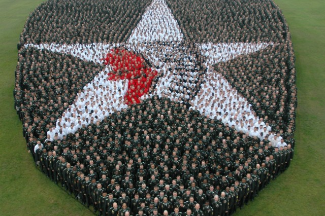 2nd ID Warriors form 'living insignia' for 2nd time in division history