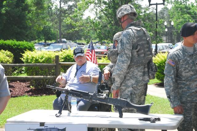 Marne Soldiers Visit Veterans, Show Appreciation
