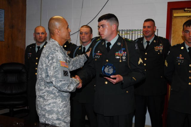 Vanguard Bde Announces Soldier, NCO of Quarter