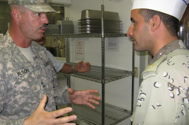 IA Preventative Medicine Team tours Adder's DFAC