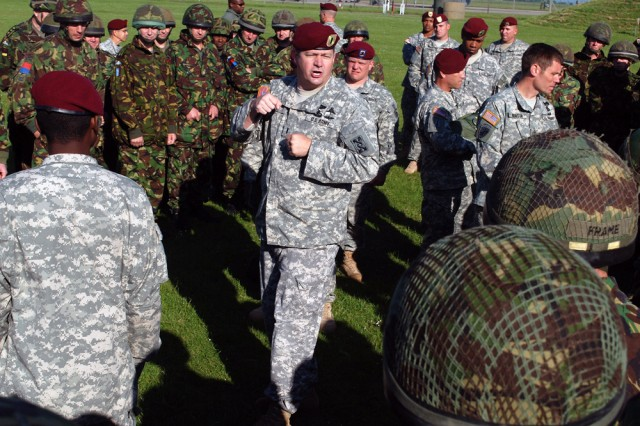 Army Reserve Paratroopers