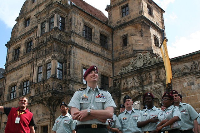 Bamberg welcomes Soldiers with reception, tour