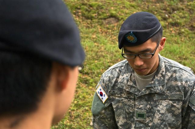 Why do Koreans bow'
