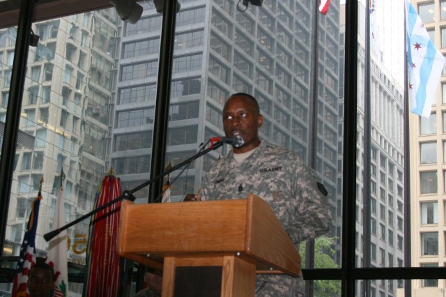Command Sergeant Major William P. Lindo provides the keynote address during the Army's Birthday Celebration in Daley Center, Chicago, June 11, 2009.