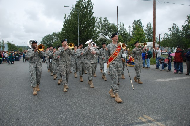 9th Army Band helps Palmer, Alaska celebrate heritage