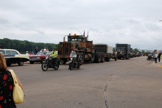 """Participants in the Transcontinental Convoy line up for lunch in Clinton, Iowa, served by the local troop from Boy Scouts of America. """"First gear at 14:00 was the message to participants,"""" who had to head to the convoy's next stop in Cedar"""