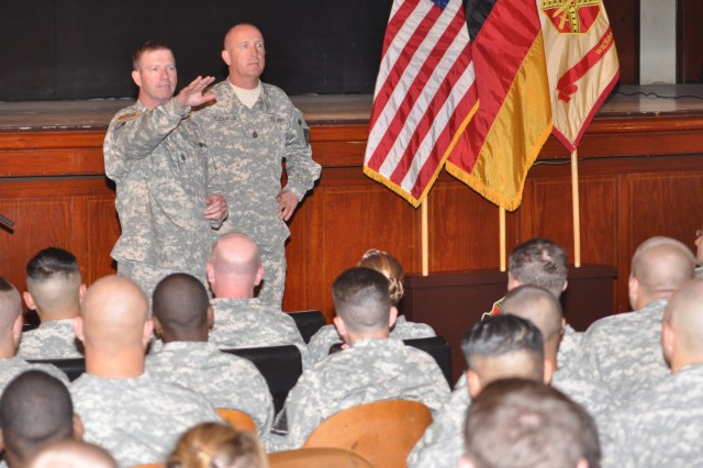 Army's senior NCO addresses Soldier issues during Wiesbaden visit