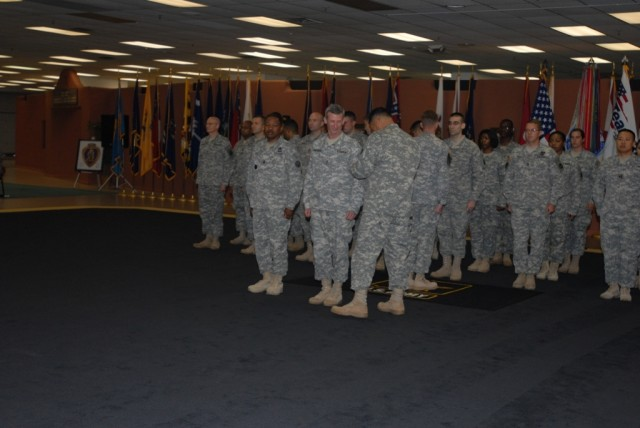 Exchanging of shoulder sleeve insignia during the Ft Bliss TOA