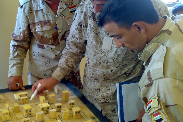Iraqi NCOs attend master training course