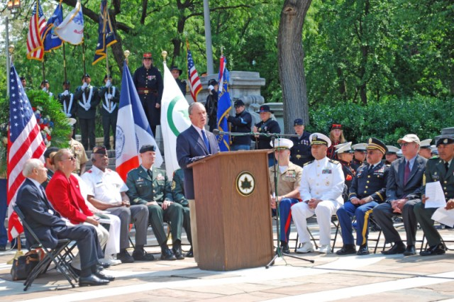 "New York mayor Michael Bloomberg honored the ""Fighting 69th"" Infantry Regiment at Memorial Day ceremonies at the city's Soldiers and Sailors Monument."