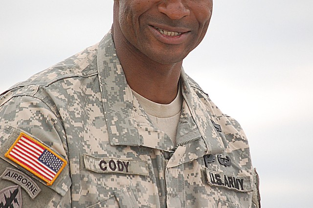 """Lt. Col. Robert L. Cody II assumed command of the U.S. Army Recruiting Battalion Milwaukee on Friday, July 17. In his last assignment, Cody served as chief war plans """"operations"""" for the U.S. Army Special Operations Command at Fort Bragg, N.C. Photo by Jorge Gomez."""