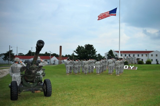 Fort McCoy Garrison Soldiers dedicate installation's new flagpole