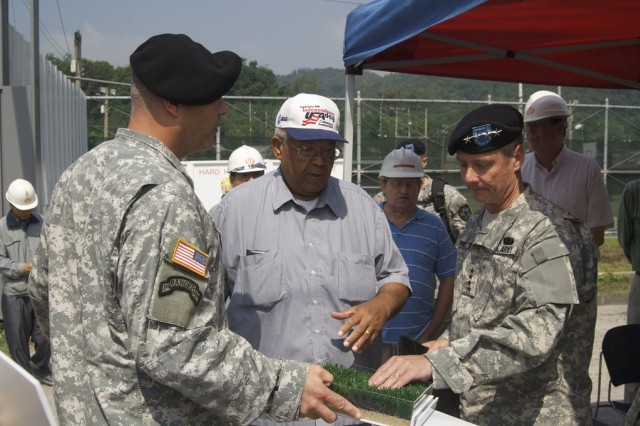 U.S. Forces Korea commander visits K-16 Air Base