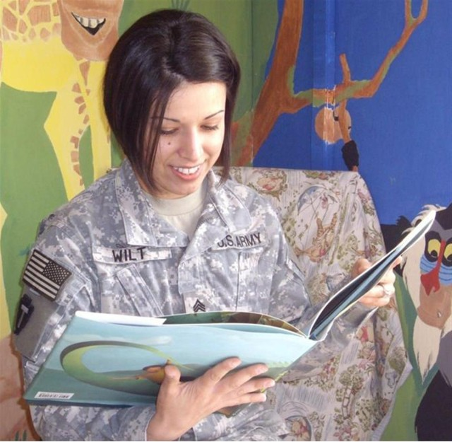 Soldiers, Families stay connected using reading program