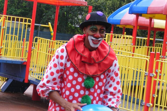 Clowning Around: Soldier spends off-duty time entertaining community