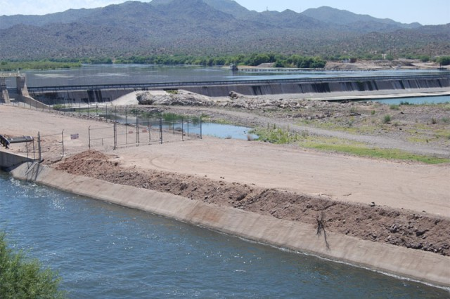The Granite Reef Dam diverts the Salt River to feed fresh water into the canals for use by Phoenix area residents. Before the dam was built, the Salt River flowed directly through the city.