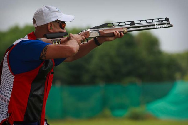 Soldier takes silver at world shotgun competition