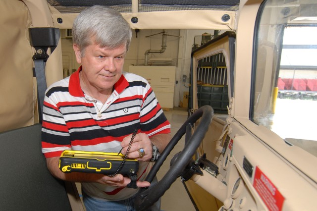 HMMWV inspections go paperless