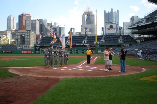 Local Soldiers provide colors during City of Pittsburgh Youth Championship Games