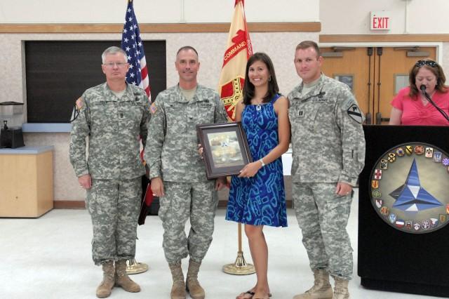 Thunder Horse Spouse receives award for volunteer services