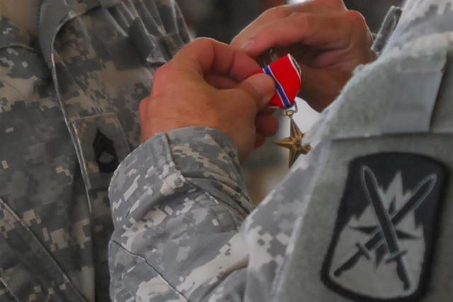110th Quartermaster receives awards