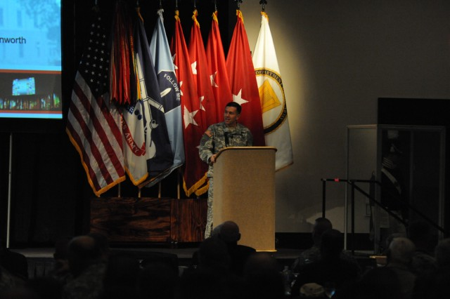 Caldwell speaks during the 2009 Infantry Warfighting Conference