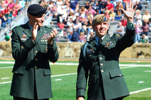 Eslinger, West Point Class of 2007, receives 2009 Nininger Award
