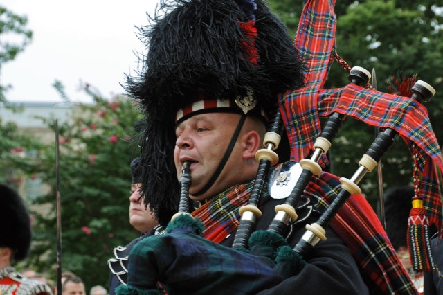 Pipes and Drums 3