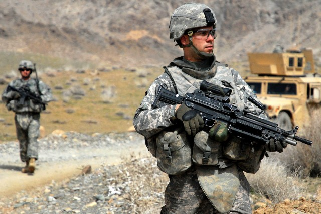 Army says body armor safe, despite GAO report