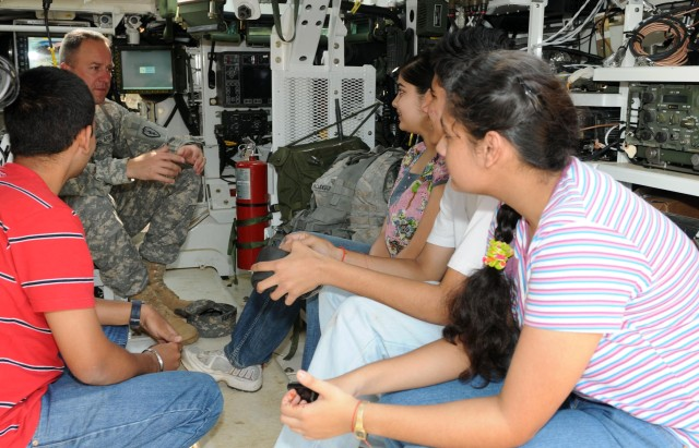 'Strykehorse' Soldiers get young visitors during YA09