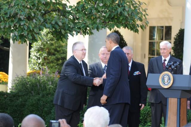 President congratulates Vietnam vets