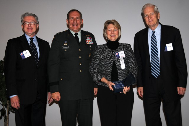 Army librarian honored as best in federal government