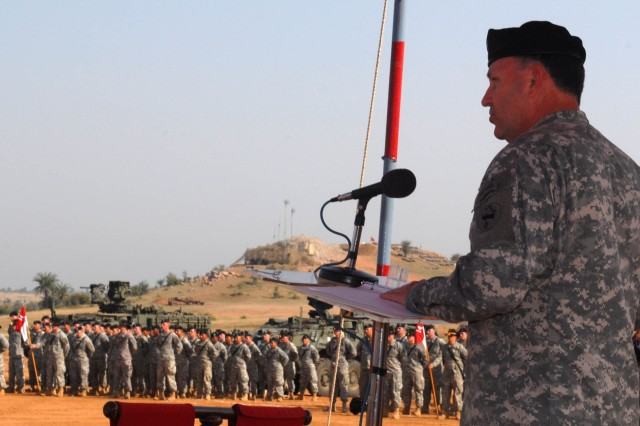 "CAMP BUNDELA, India (Oct. 27, 2009) - Lt. Gen. Benjamin R. Mixon, commanding general, U.S. Army, Pacific, addresses the Indian Army's 7th Mechanized Infantry Battalion, 94th Armored Brigade, 31st Armored Division and the U.S. Army's 2nd Squadron, 14th Cavalry Regiment, ""Strykehorse,"" 2nd Stryker Brigade Combat Team, 25th Infantry Division, from Schofield Barracks, Hawaii, at the Exercise Yudh Abhyas closing ceremony."