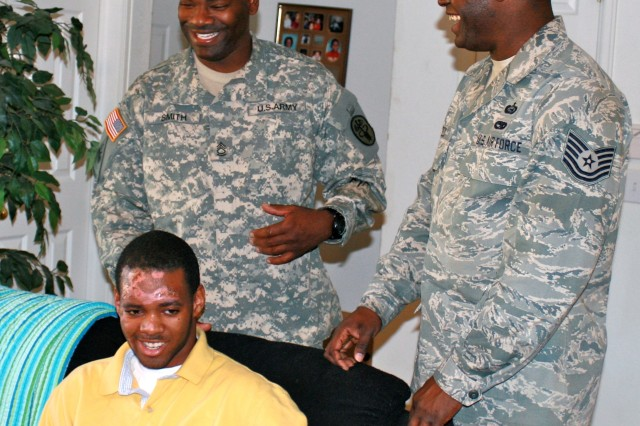 Soldier, Airman rescue hit-and-run victim
