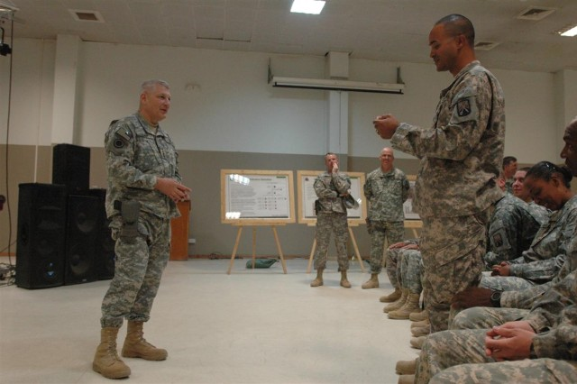 General visits US Army Europe Soldiers at Balad